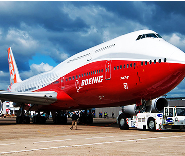 Why Does Boeing 747 Have A Hump On The Front?