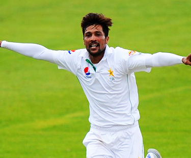 Mohammad Amir 3 Consistent Wickets Against Australia