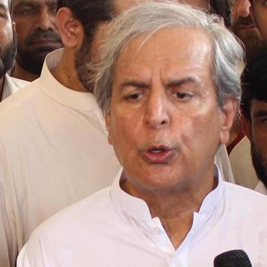 Imran Conspired With Army During 2014 Sit-In: Hashmi