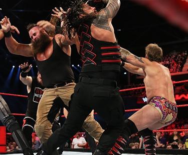 Seth Rollins Save Roman Reigns After JeriKO & Strowman Attack Him