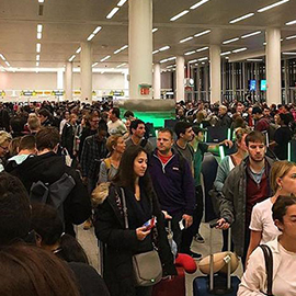 Computer Outage Disrupts Customs At US Airports