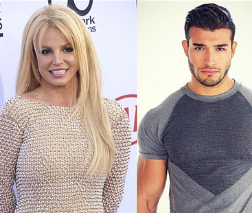 Britney Spears Rings In 2017 With Sam Asghari