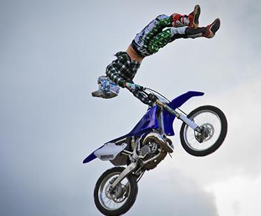 Freestyle FMX Tricks