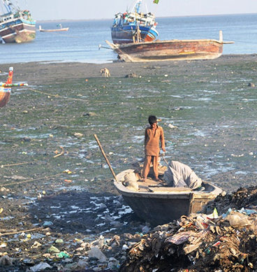 Karachi's Marine Pollution Shows Catastrophic Results
