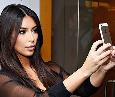 Kim Kardashian Angry At Khloe Kardashian And Kourtney Kardashian