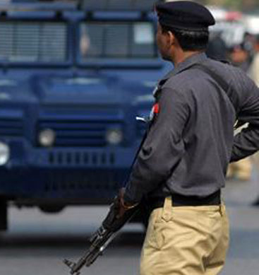 Street Crimes In Karachi Raises