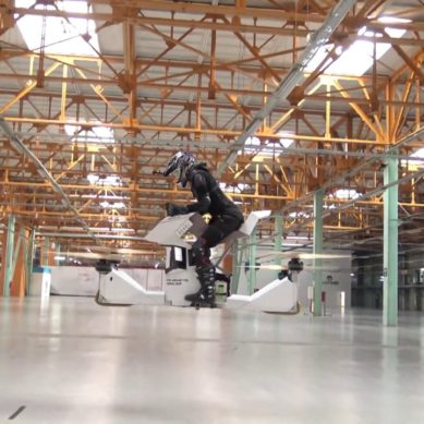World's First Fully-Manned Hoverbike Tested In Moscow