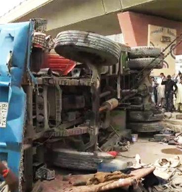 Speedy Container Knocks Down Three In Karachi