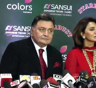Rishi Kapoor Insults Reporters At Colors Stardust Awards 2017