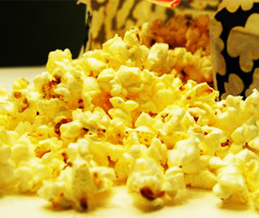 Butter-In-Microwave-Popcorn--NEW