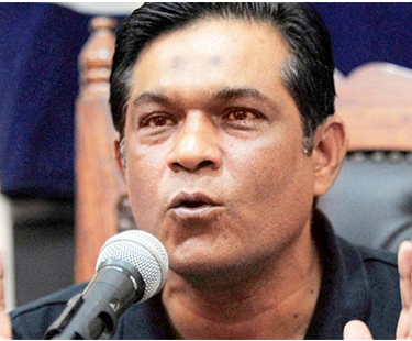 Rashid Latif Opens Pandora Box Of Bookies Involvement In Match