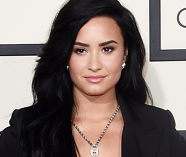 Demi Lovato Talks To Ellen About Her Love Life