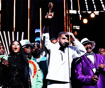 Nicki Minaj Loses It When Drake Compliments Vanessa Hudgens At BBMAs