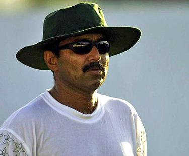 Miandad Is 'Flop Coach': Shahryar Khan