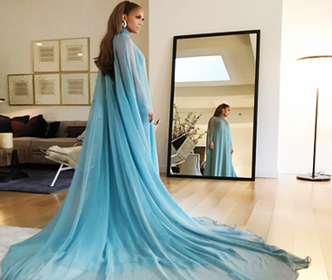 Jennifer Lopez As 'Frozen's' Elsa AT The 2017 Met Gala