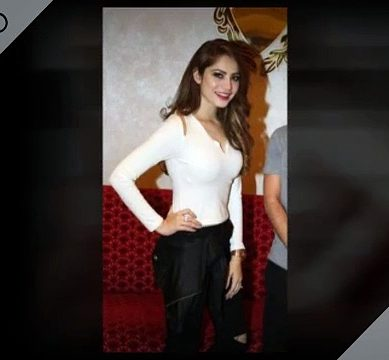 Neelum Munir At Bahrain Cricket Festival