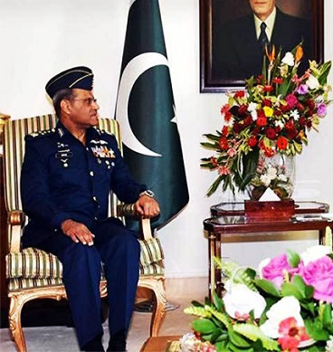 Air Chief Sohail Aman Calls On PM Nawaz Sharif