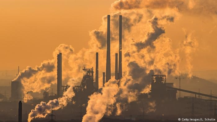 Study: pollution is more lethal than war