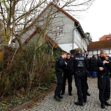 German Artists Build Holocaust Memorial Near Far-Right Leader's Home