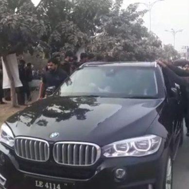 Nawaz Sharif, Maryam Nawaz and Capt. Safdar reach accountability court