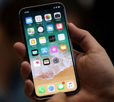 The good and the bad of iPhone X: what the first reviews of the new Apple phone say