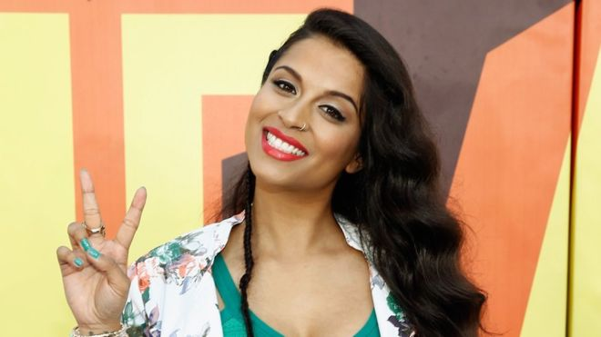"""How Lilly Singh """"Superwoman"""" became the woman who earns more money on YouTube"""