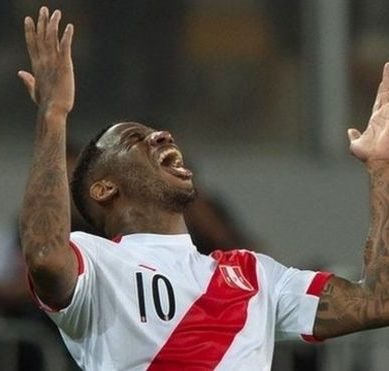Russia 2018: Peru beat New Zealand 2-0 and qualify for a World Cup after 36 years