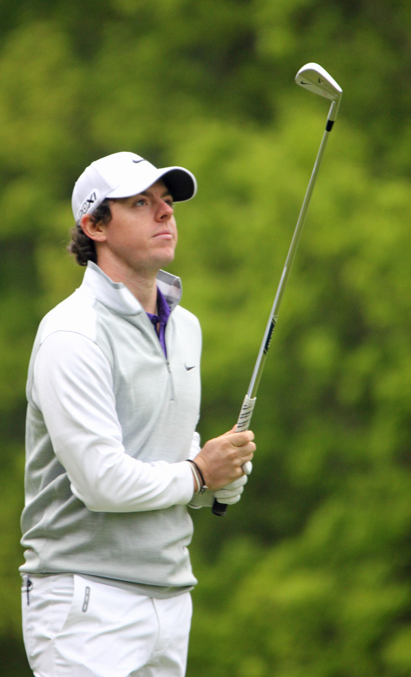 Rory_McIlroy_after_an_iron_shot