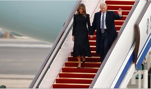 Trump arrives in China in the middle of a commercial dispute