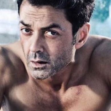 Social media goes crazy over Bobby Deol's transformation for 'Race 3'