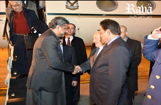 PM Abbasi arrives in Istanbul to attend OIC summit on Jerusalem
