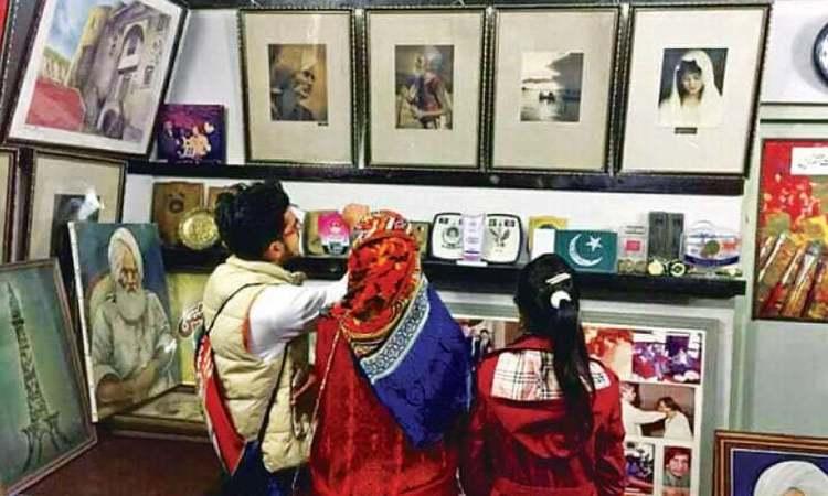 Fans set up art gallery to honour late painter Bashir Ahmed Kanwar