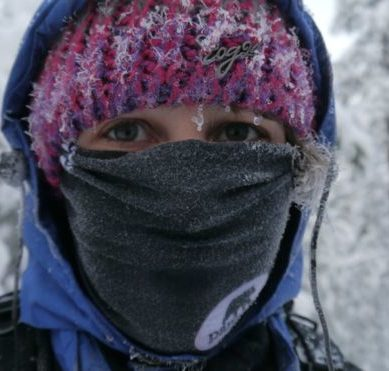How a simple scarf can prevent asthma attacks in winter