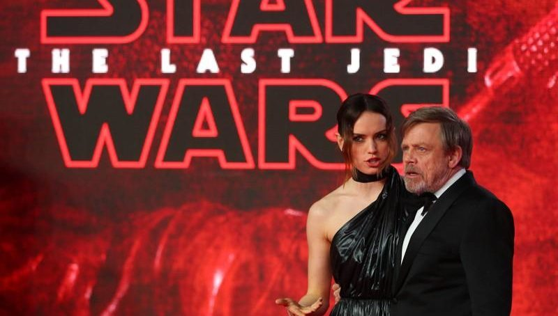 'Star Wars: The Last Jedi' opens with galactic $450 million box office