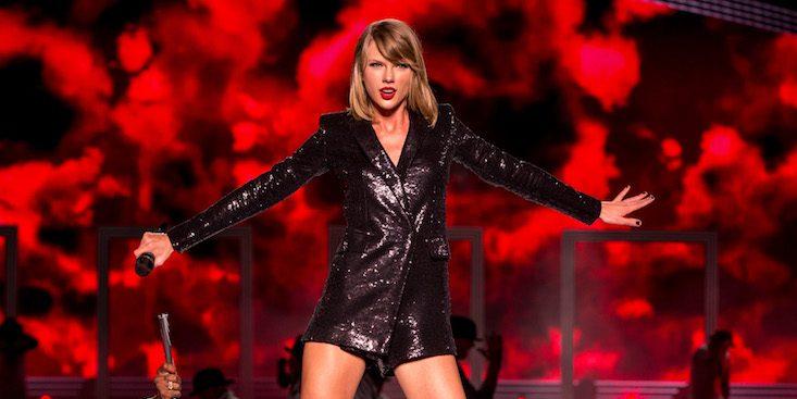Taylor Swift spends third week atop Billboard 200 chart