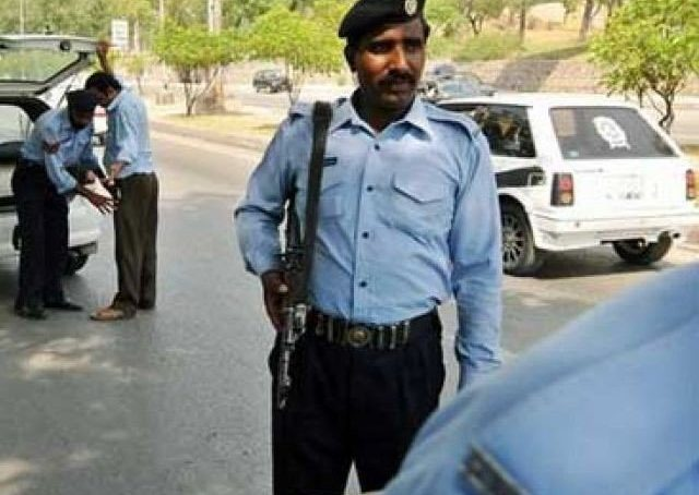 Pindi, Islamabad police squabble over jurisdiction