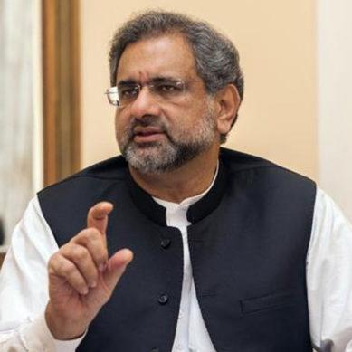 PM fails to save Balochistan CM