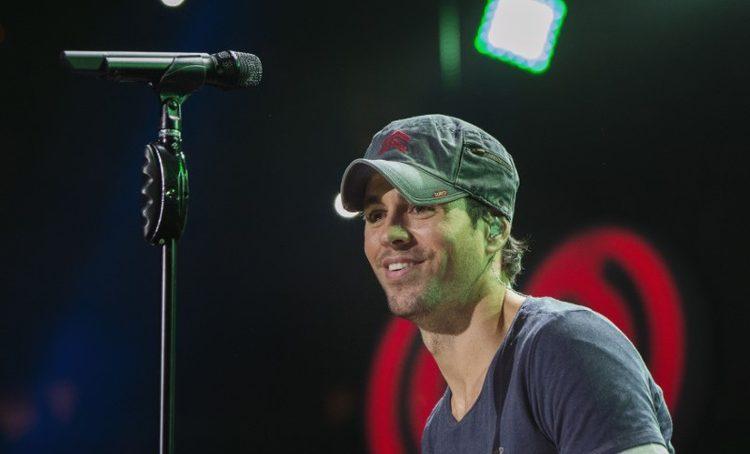 Enrique Iglesias sues Universal over streaming royalties