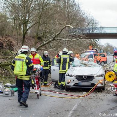 Germany begins to recover to normal after storm, with eight dead