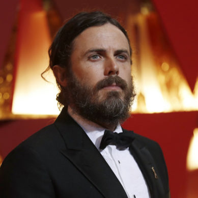 Actor Casey Affleck withdraws as 2018 Oscar presenter