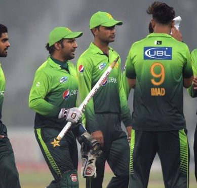 Batting key as fragile Pakistan look to avoid series loss