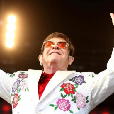 British pop musician Elton John to quit touring, Daily Mirror says