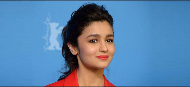 Here is Alia Bhatt's review of Deepika and Ranveer's 'Padmaavat'