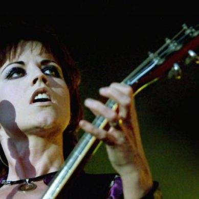 Death of Cranberries star O'Riordan not suspicious – police