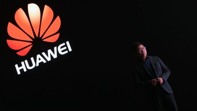"""The United States wants to leave Huawei out because we are too strong"": Richard Yu, executive director of the Chinese telephony giant"