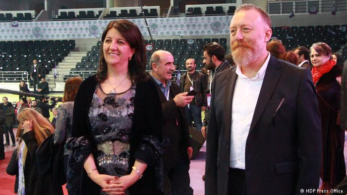 Turkey: party of the pro-Kurdish left renews its dome