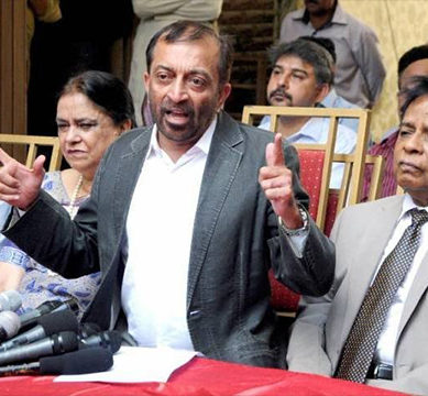 MQM-P rift: Sattar, coordination committee submit nomination papers of separate Senate candidates
