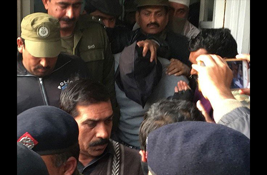 Zainab murder case: Prime suspect's counsel decides to back out
