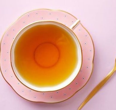 The huge study warns that combining very hot tea with tobacco multiplies by 5 the risk of esophageal cancer