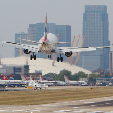 United Kingdom: London airport closes due to discovery of World War II bomb